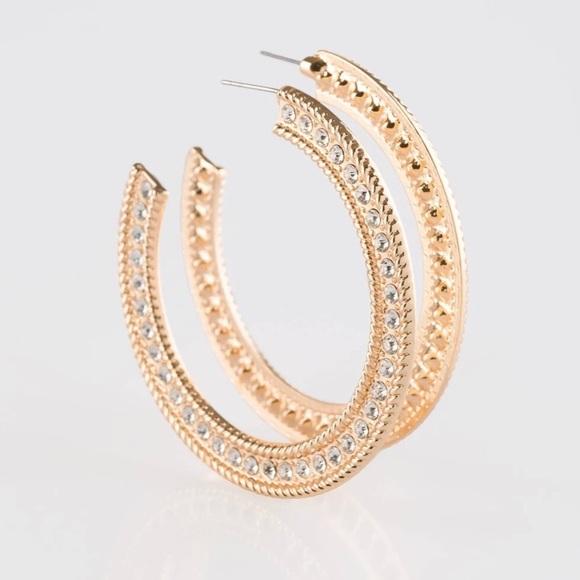 J18 Gold Hoop earrings > white rhinestones